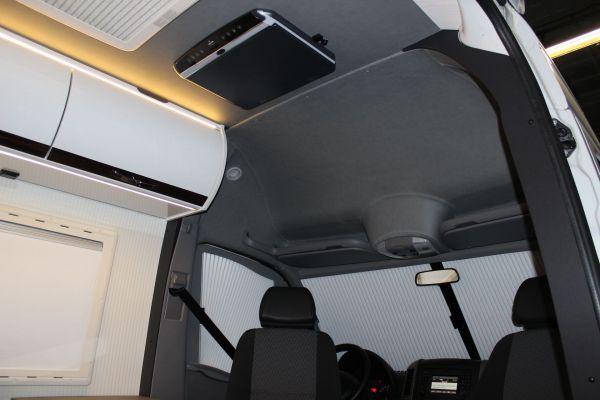 lakoauto-biwak-egyedi-lakoauto-gyartas-vw-crafter-2014-kesz-000210EA1C748-C1B7-B9B5-B1D2-C908E185CFAD.jpg
