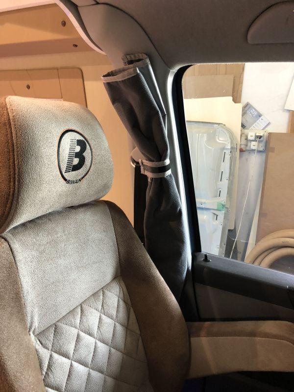 kempingauto-biwak-egyedi-lakoauto-gyartas-vw-t5-2018-kesz-00030DBDAE11D-AFB1-6B95-A670-8B9BAF11F00E.jpg