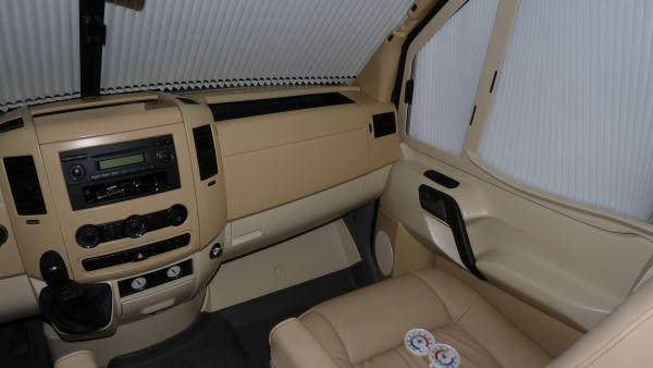 targyalobusz-biwak-egyedi-lakoauto-gyartas-mb-sprinter-2011-kesz-00032717BEAA8-1378-BC4F-1E32-C240E8E3AD5A.jpg