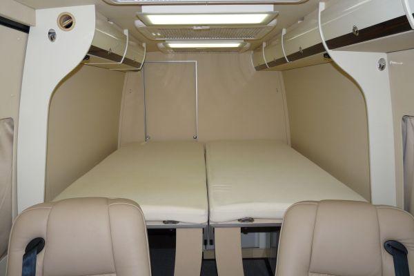 targyalobusz-biwak-egyedi-lakoauto-gyartas-mb-sprinter-2011-kesz-0003695A78E96-36BB-301A-DD5C-F1396F6A8940.jpg