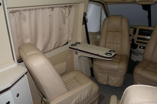 targyalobusz-biwak-egyedi-lakoauto-gyartas-mb-sprinter-2011-kesz-00040E332B7D3-F881-5BC6-B342-75E232DBCB73.jpg