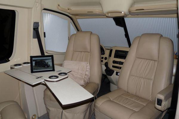 targyalobusz-biwak-egyedi-lakoauto-gyartas-mb-sprinter-2011-kesz-00050282CE171-423F-CBD7-B20A-810D6AC45AC7.jpg