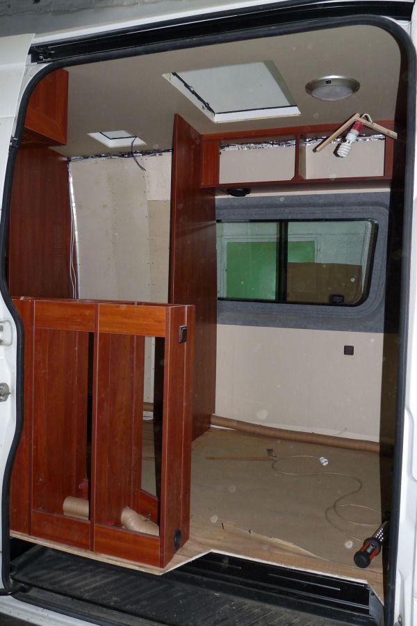 lakoauto-biwak-egyedi-lakoauto-gyartas-vw-crafter-2013-epul-0001568CBBCDD-3E62-5F10-5387-EB04C5A1885F.jpg
