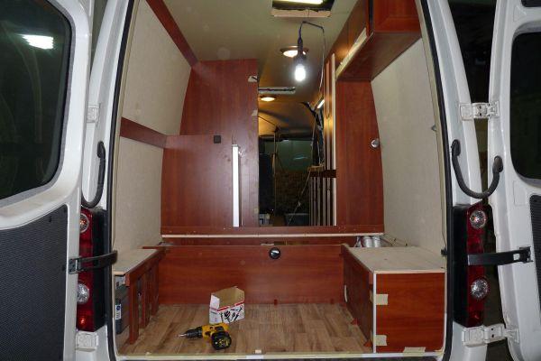 lakoauto-biwak-egyedi-lakoauto-gyartas-vw-crafter-2013-epul-0002752C4212B-A131-C93C-0FA9-C23382E83E6E.jpg