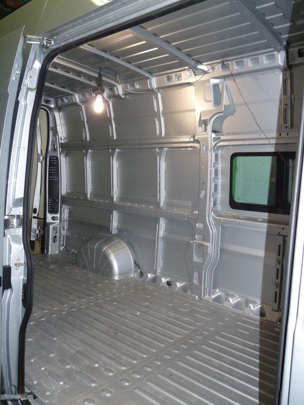 lakoauto-biwak-egyedi-lakoauto-gyartas-fiat-ducato-2011-c-epul-0000178467809-B4DC-8CB6-A35E-DE581C0CCE2F.jpg