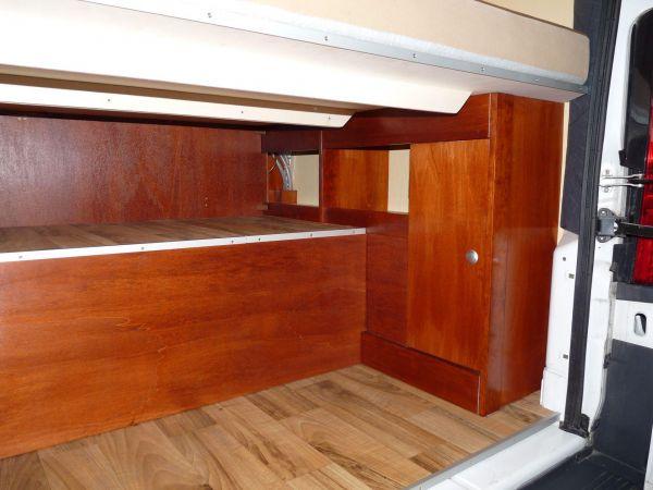 lakoauto-biwak-egyedi-lakoauto-gyartas-citroen-jumper-2011-kesz-00023189ABAAB-74B1-D7BB-9E3A-17BFF116086C.jpg