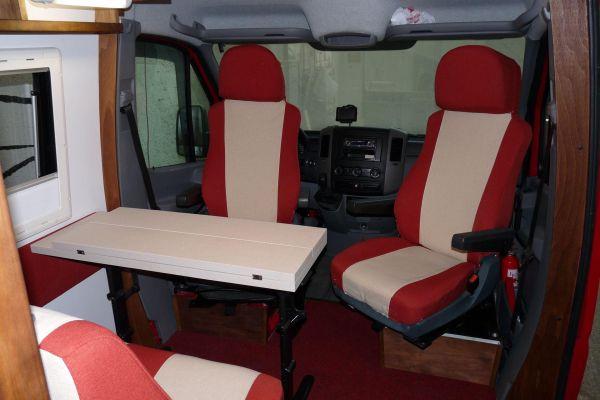 lakoauto-biwak-egyedi-lakoauto-gyartas-vw-crafter-2009-kesz-00014B543EECE-8978-BD78-CF04-62CFDFDE910A.jpg