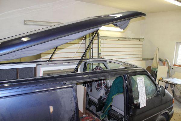 kempingauto-biwak-egyedi-lakoauto-gyartas-vw-t4-2006-epul-0003910376D33-D882-1768-DB59-185E486B2443.jpg