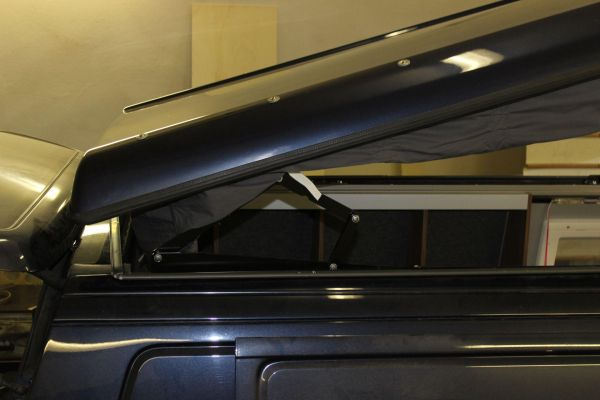 kempingauto-biwak-egyedi-lakoauto-gyartas-vw-t4-2006-epul-00040F349FE4A-47F5-61D5-C2E1-F8CF2850E6BA.jpg