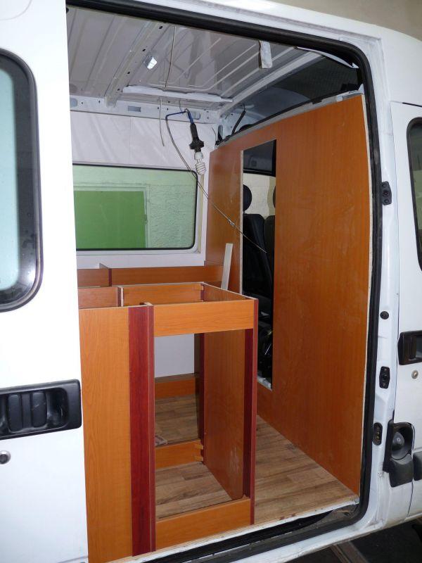 kempingauto-biwak-egyedi-lakoauto-gyartas-renault-master-2010-epul-000074B770788-B1DD-2031-5D0B-5B4DDAEF80D9.jpg