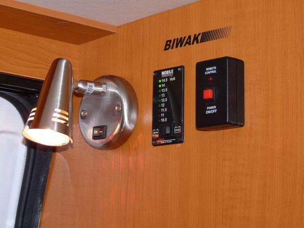 kempingauto-biwak-egyedi-lakoauto-gyartas-renault-master-2010-kesz-00006AA7D365B-3B37-7FBC-AB6B-0B9BCBD7D7C0.jpg