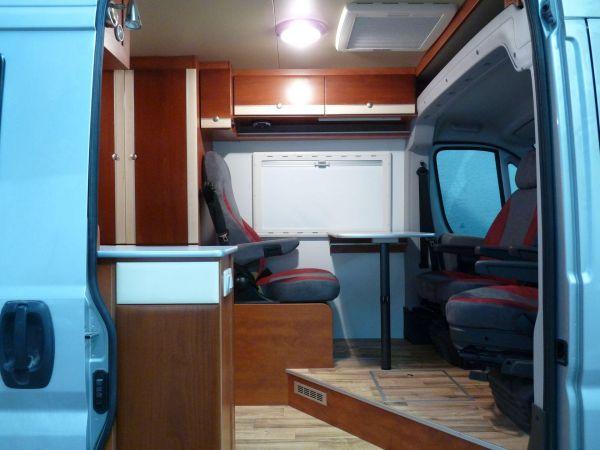 kempingauto-biwak-egyedi-lakoauto-gyartas-citroen-jumper-2010-kesz-000126F02071B-E9A8-8E6A-A2E5-5B9CF95742F7.jpg