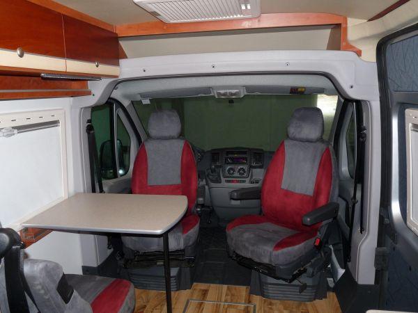 kempingauto-biwak-egyedi-lakoauto-gyartas-citroen-jumper-2010-kesz-0002229DD0D64-ADE6-9FDD-4A75-FF5C292BD2D0.jpg