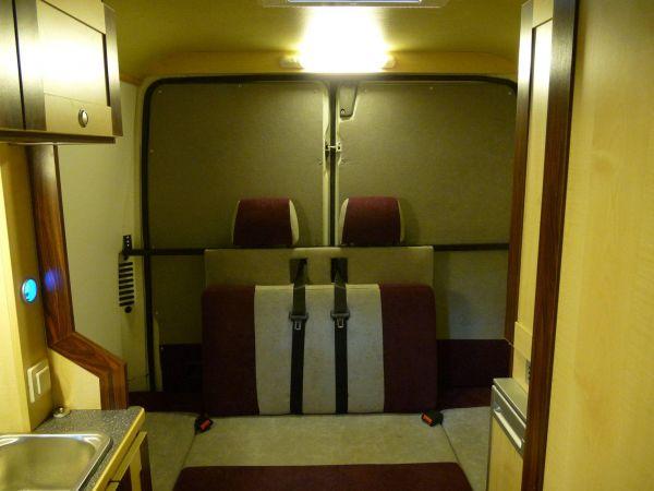 kempingauto-biwak-egyedi-lakoauto-gyartas-fiat-ducato-2010-kesz-0001195A1C74B-5B1A-0078-67A7-56B5BF11CB0A.jpg