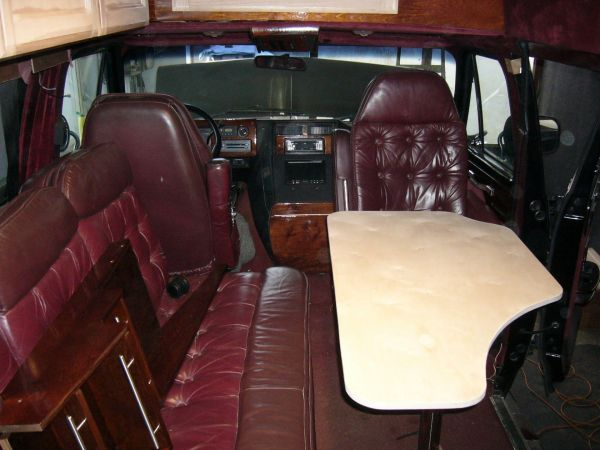 kempingauto-biwak-egyedi-lakoauto-gyartas-chevrolet-van-2007-epul-0002236E3CBF9-6110-B85A-F3FF-095ECF84C421.jpg