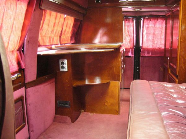 kempingauto-biwak-egyedi-lakoauto-gyartas-chevrolet-van-2007-kesz-00008C4F124B0-CDEF-6C9E-A3BF-42E5B8B51544.jpg