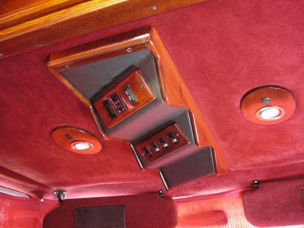 kempingauto-biwak-egyedi-lakoauto-gyartas-chevrolet-van-2007-kesz-0001680E72664-A67F-8C3D-CA58-ECE0E6D905F0.jpg