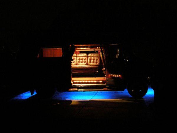 kempingauto-biwak-egyedi-lakoauto-gyartas-chevrolet-van-2007-kesz-0003254D99B2D-1DD7-8A2A-8960-A5B0A58E26A1.jpg