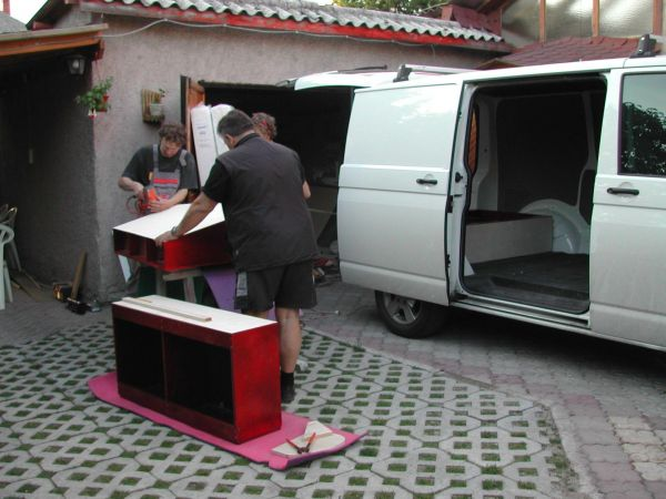 kempingauto-biwak-egyedi-lakoauto-gyartas-vw-t5-2004-epul-000042C34B11A-ED33-D7AA-855E-466A26DFD560.jpg