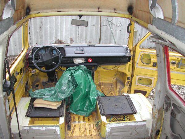 kempingauto-biwak-egyedi-lakoauto-gyartas-vw-t3-2000-epul-000067931A46B-6FF7-6E2E-5DFC-DC7848F7F6FB.jpg