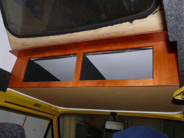 kempingauto-biwak-egyedi-lakoauto-gyartas-vw-t3-2000-epul-00019D24C535A-C172-FB54-D56E-4A27CBC3C591.jpg
