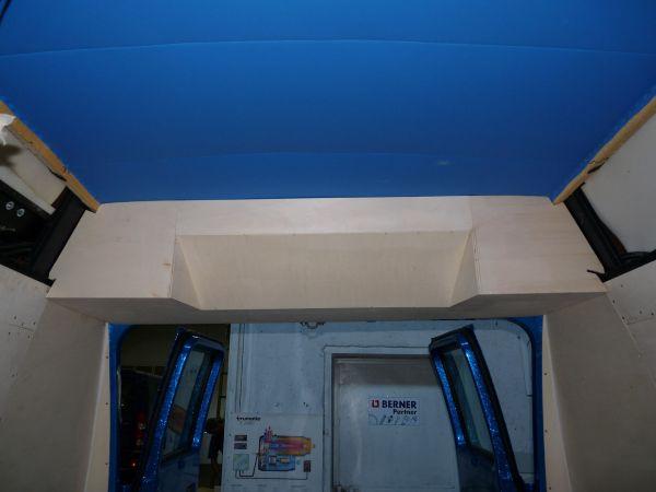 targyalobusz-biwak-egyedi-lakoauto-gyartas-gmc-vandura-2011-epul-0000683A3D509-1D90-003B-0F13-80670E222FC1.jpg