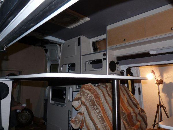 specialis-lakojarmu-biwak-egyedi-lakoauto-gyartas-renault-trafic-motorszallito-2009-epul-000286F98399B-45CF-C9C3-ADA9-1C32645C2EA8.jpg