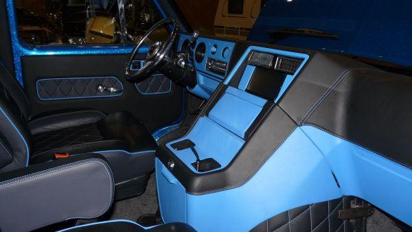 targyalobusz-biwak-egyedi-lakoauto-gyartas-gmc-vandura-2011-kesz-00038BA756E59-D1F1-957B-CB5F-3CCD21EA2E91.jpg