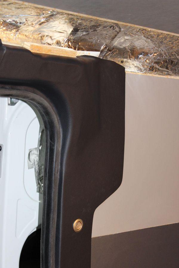 munka-jarmu-biwak-egyedi-lakoauto-gyartas-citroen-jumper-7sz-muhelykocsi-2013-epul-000021988D97F-91FB-FB03-BD91-C33CF5C02204.jpg
