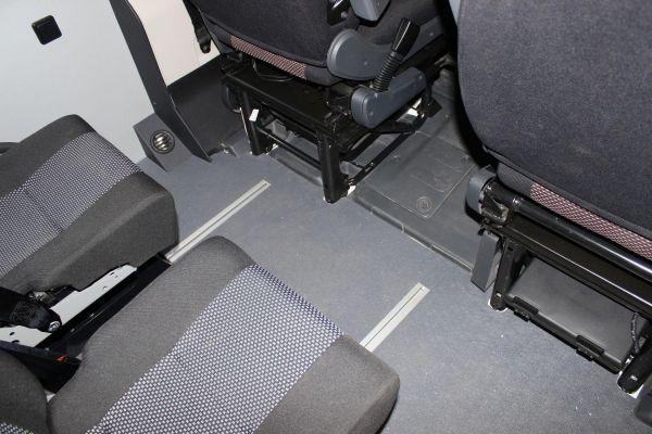 munka-jarmu-biwak-egyedi-lakoauto-gyartas-citroen-jumper-7sz-muhelykocsi-2013-kesz-00011636F1B25-1332-BA52-73D8-CA2A2CB97192.jpg