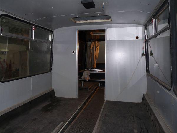 targyalobusz-biwak-egyedi-lakoauto-gyartas-szalay-ikarus-2010-epul-00001C59A475E-AA51-29E1-1969-F334E3FADC58.jpg