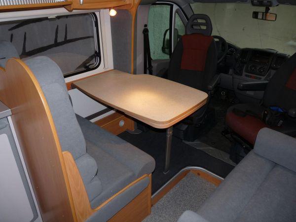 munka-jarmu-biwak-egyedi-lakoauto-gyartas-chausson-roadshow-auto-2009-kesz-00011F6749A7C-D8AF-74CD-9387-B5218CAD8710.jpg