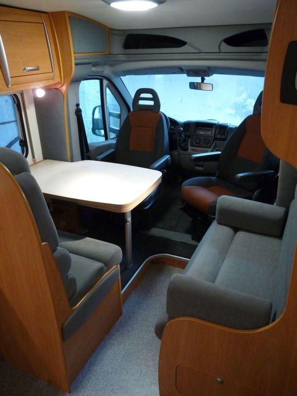 munka-jarmu-biwak-egyedi-lakoauto-gyartas-chausson-roadshow-auto-2009-kesz-00017BE7613E5-BD96-D993-CF27-BD43DD0935A6.jpg
