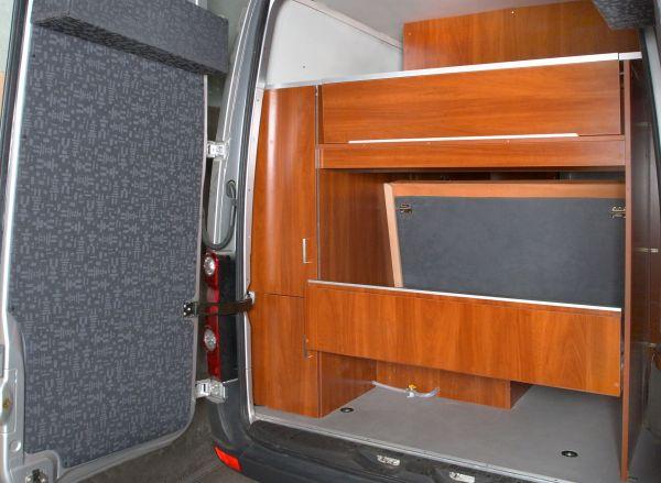 munka-jarmu-biwak-egyedi-lakoauto-gyartas-vw-crafter-termeszetfotos-auto-2008-kesz-0001432BFB92B-7021-6B46-731D-7D7129083A2F.jpeg