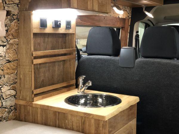 kempingauto-biwak-egyedi-lakoauto-gyartas-fiat-ducato-hutte-2017-kesz-0000504911D5E-A397-4507-03C0-10E7890546DB.jpg